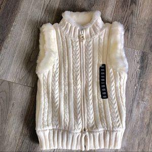 Baby Gap White fur vest knitted 2T